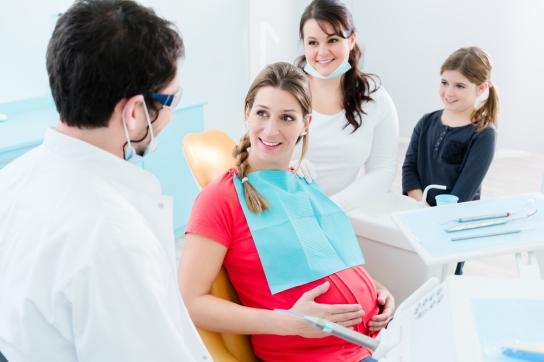 embarazada en el dentista